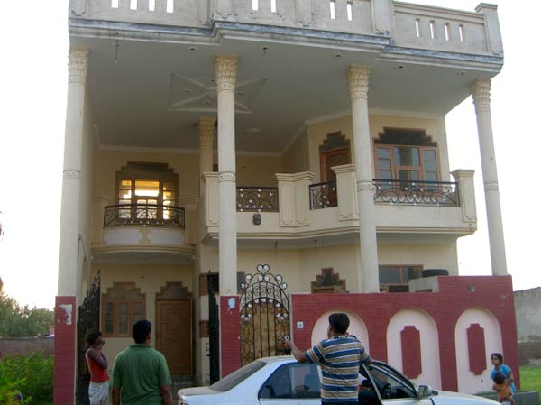 kothi for sale very nice kothi own by nri more