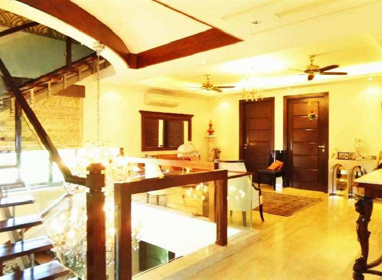 7 BHK Builder Floor for Sale in Saket, South Delhi - 2700 Sq. Feet