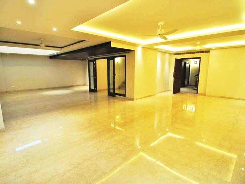 5 BHK Builder Floor for Sale in GREATER KAILASH 1, South Delhi - 1000 Sq. Yards
