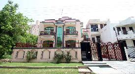 Property in Sushant Lok