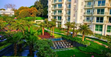 DLF Kings Court Villa