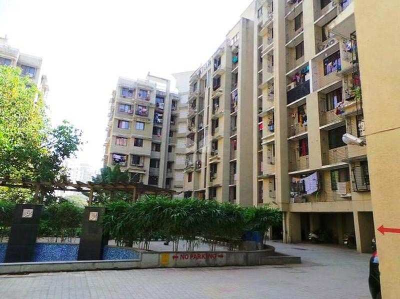 2 BHK Flats & Apartments for Sale in Ghodbunder Road, Thane - 560 Sq. Feet