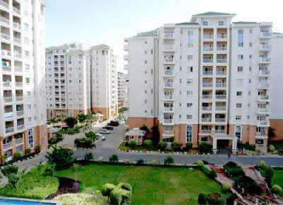 4 Bhk Flats & Apartments for Sale in Sector 93, Noida - 2800 Sq.ft.