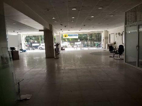 4870 Sq.ft. Showroom for Sale in Shivaji Nagar, Pune
