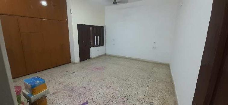 2 BHK 800 Sq.ft. Builder Floor for Rent in Nehru Nagar, Agra