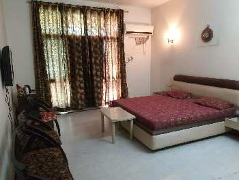 3 BHK 1500 Sq.ft. Residential Apartment for Sale in Dayal Bagh, Agra