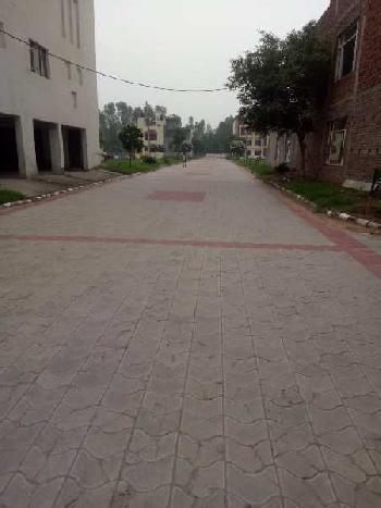 2 BHK Residential Apartment for Sale in Old Kalka Ambala Road, Zirakpur