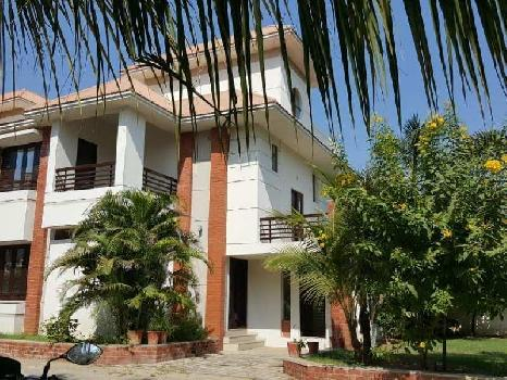 4 BHK 3000 Sq.ft. House & Villa for Sale in Vasna Bhayli Road, Vadodara
