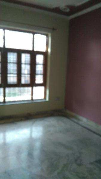 2 BHK Individual House for Rent in Gomti Nagar, Lucknow - 1250 Sq. Feet
