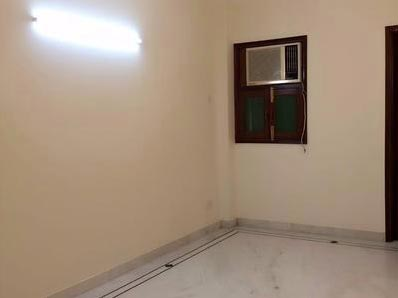 2 BHK Builder Floor for Rent in C R Park, Delhi - 1000 Sq. Feet