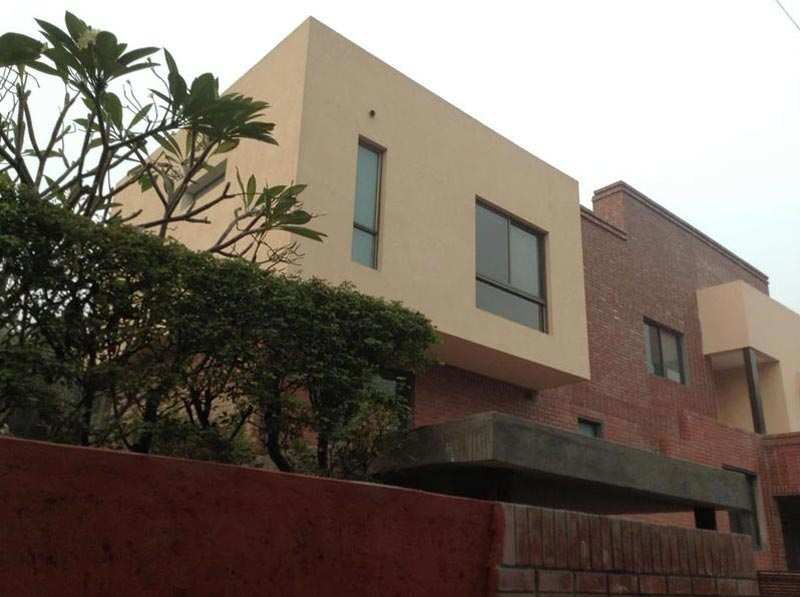 5 BHK Individual House for Rent in New Friends Colony, Delhi - 700 Sq. Yards