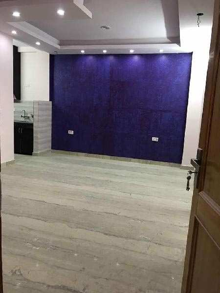 4 BHK Builder Floor for Sale in Rohini, North Delhi - 150 Sq. Yards