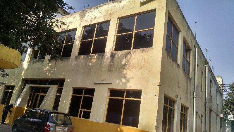 700 Sq. Meter Factory for Sale in Greater Noida - 1000 Sq. Meter