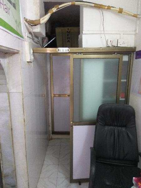 Clinic & Hospital Building for Rent in Naupada, Thane - 250 Sq. Feet