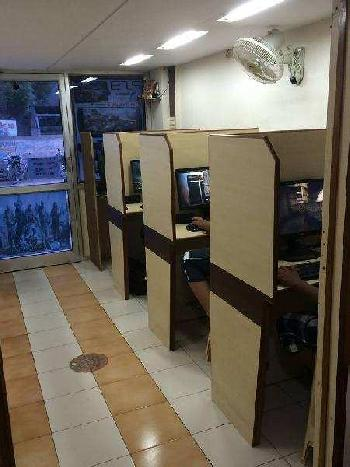 180 Sq.ft. Commercial Shop for Sale in Vallabh Vidhyanagar, Anand