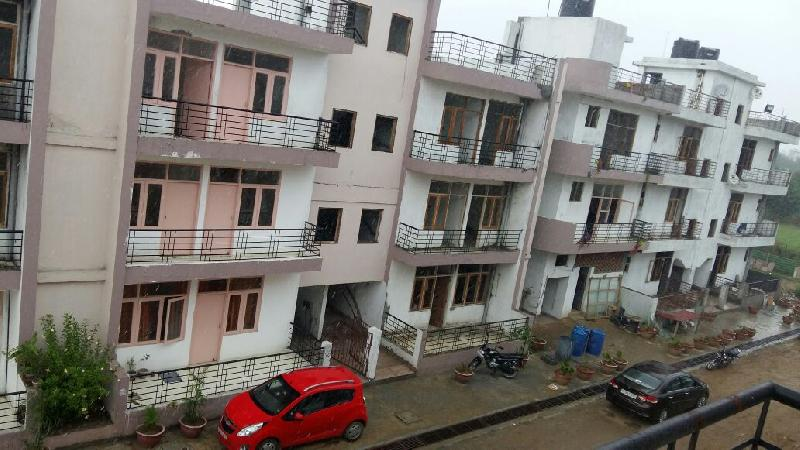 1 BHK Flats & Apartments for Sale in Nh 24 Highway, Ghaziabad - 625 Sq. Feet