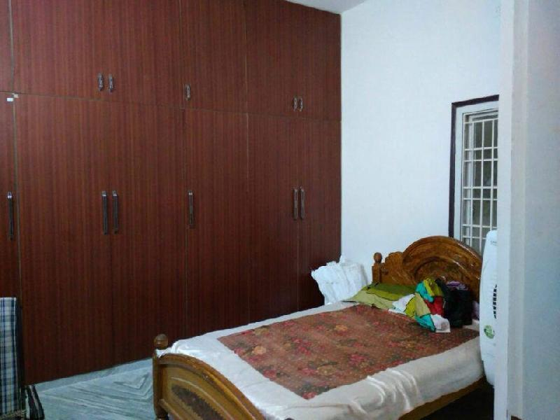 2 BHK Flats & Apartments for Rent in Ongole, Prakasam - 1300 Sq. Feet