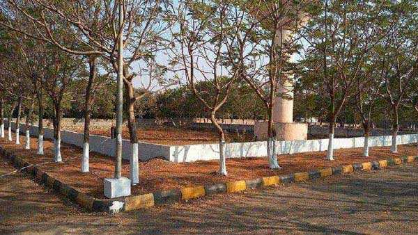 Residential Plot for Sale in Srisailam Highway, Hyderabad - 400 Sq. Yards