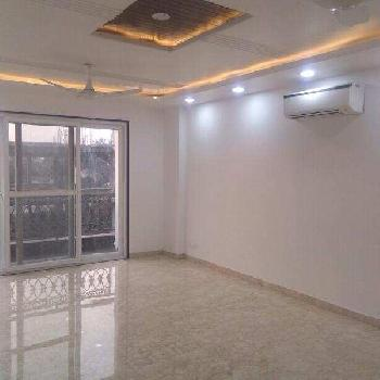 3 BHK 1450 Sq.ft. Residential Apartment for Sale in Kailash Colony, Delhi
