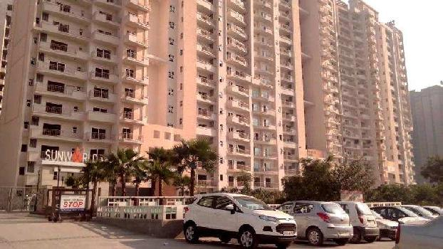 4 BHK 3400 Sq.ft. Residential Apartment for Rent in Sector 107 Noida
