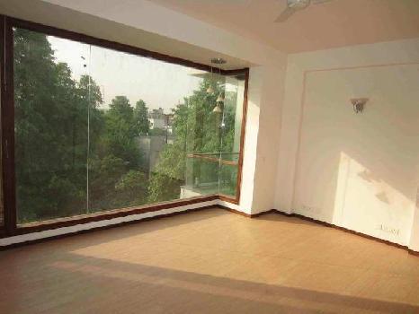 3 BHK 1800 Sq.ft. Residential Apartment for Rent in Block C, Safdarjung Development Area, Delhi