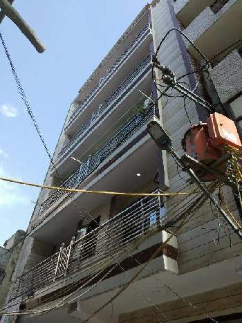 2 BHK 57 Sq. Yards Builder Floor for Sale in Block R Mohan Garden, Delhi