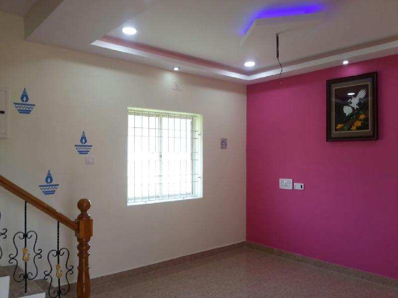 2 BHK Individual House for Sale in Porur, Chennai - 1000 Sq.ft.