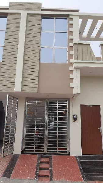 2 BHK 594 Sq.ft. House & Villa for Sale in Gwalior Road, Agra