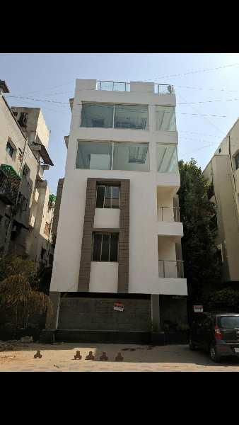 12000 Sq.ft. Builder Floor for Rent in Chimanlal Girdharlal Road, Ahmedabad