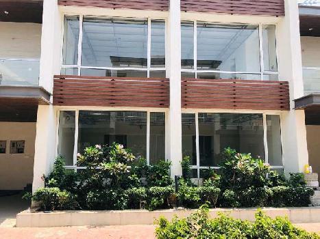 5 BHK 4441 Sq.ft. House & Villa for Sale in Karapakkam, Chennai