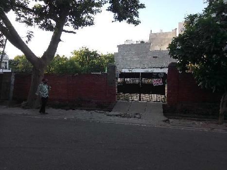 3200 Sq.ft. Commercial Land for Rent in Gomti Nagar, Lucknow