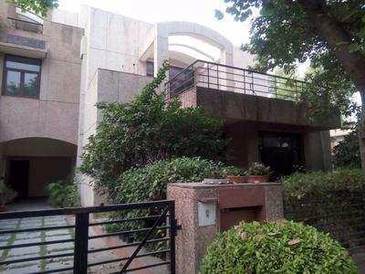 7 BHK 3500 Sq.ft. House & Villa for Rent in Sector 45 Gurgaon