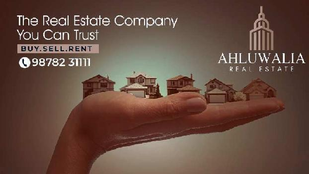 3 BHK 3000 Sq.ft. Residential Apartment for Rent in Ranjit Avenue, Amritsar