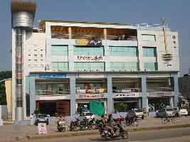 409 Sq.ft. Commercial Shop for Sale in Sector 100, Noida