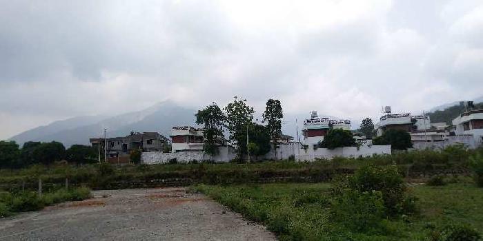 300 Sq. Yards Residential Plot for Sale in Phulsani, Dehradun