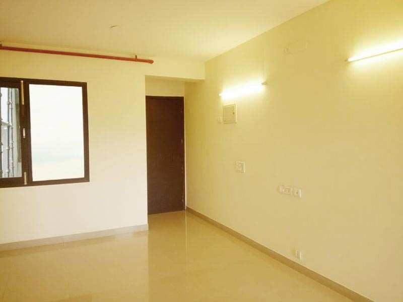 3 BHK Flats & Apartments for Sale in Sector 121, Noida - 2070 Sq. Feet