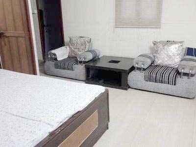1 BHK 650 Sq.ft. Residential Apartment for Sale in Santacruz West, Mumbai