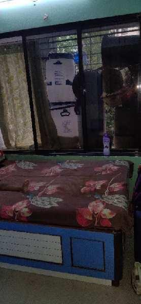 1 BHK 350 Sq.ft. Builder Floor for Sale in Vile Parle East, Mumbai