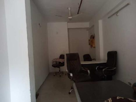 400 Sq.ft. Commercial Shop for Rent in Sola, Ahmedabad