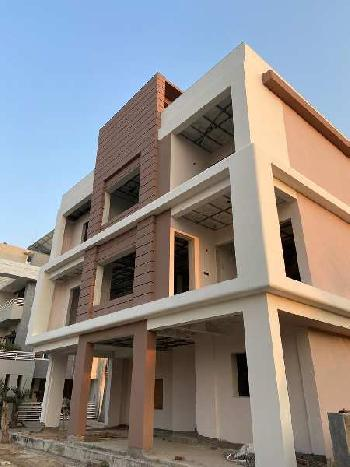 4 BHK 3800 Sq.ft. House & Villa for Sale in Vasna-bhayli-road, Vadodara