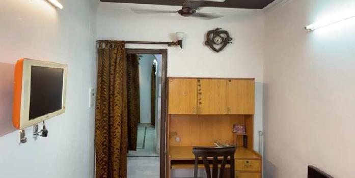 1 BHK 550 Sq.ft. House & Villa for Rent in Virender Nagar, Janakpuri, Delhi