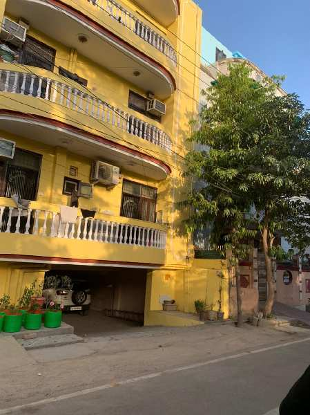 4 BHK 2700 Sq.ft. Builder Floor for Sale in Sector 1 Vaishali, Ghaziabad