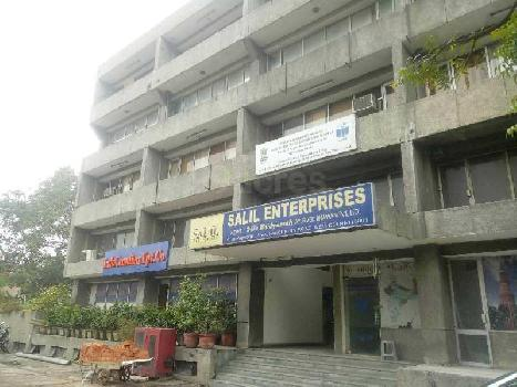 12385 Sq.ft. Business Center for Sale in Panchkuian Road, Delhi