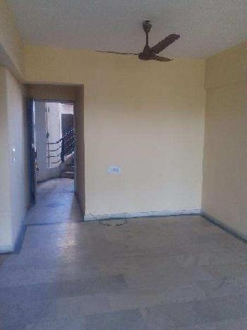 2 BHK 950 Sq.ft. Residential Apartment for Rent in Old Padra Road, Vadodara