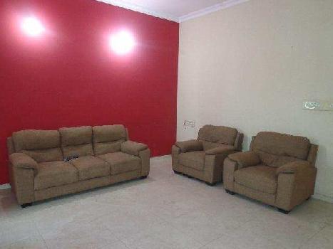 3 BHK 2300 Sq.ft. Residential Apartment for Rent in Old Padra Road, Vadodara