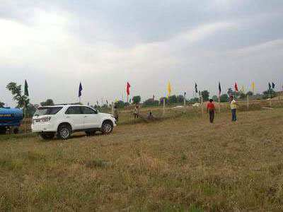 Residential Land / Plot for Sale in Sector 56, Faridabad - 6 Marla