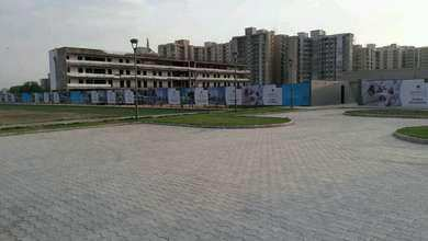 2 BHK Flats & Apartments for Sale in Sector 78, Faridabad - 586 Sq. Feet