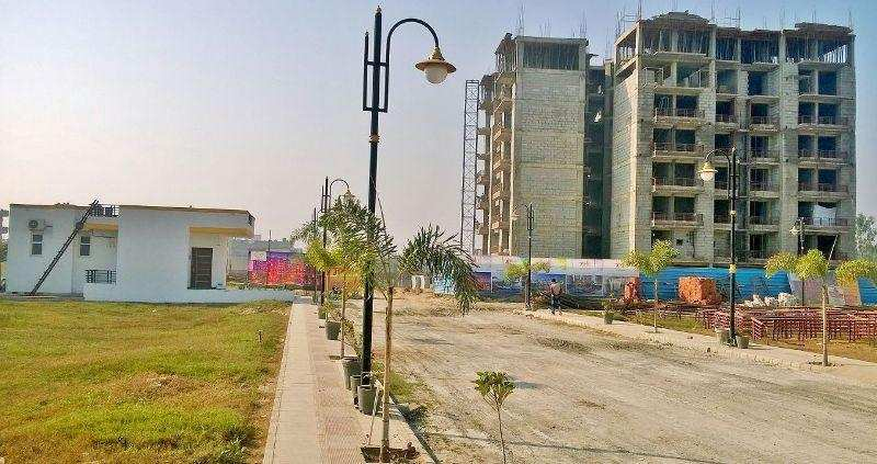 2 BHK Flats & Apartments for Sale in Haridwar - 5 Acre