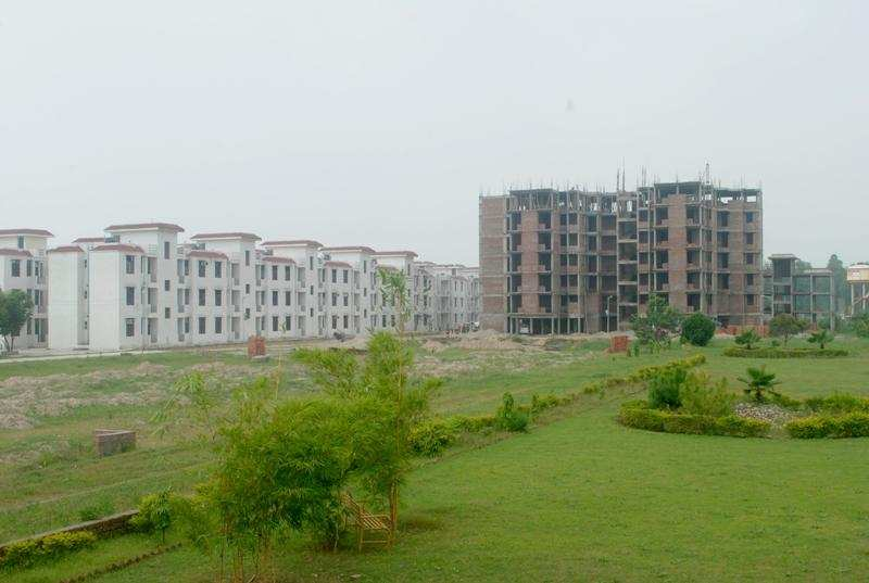 2 BHK Flats & Apartments for Sale in Delhi Roorkee Road, Haridwar - 11 Acre