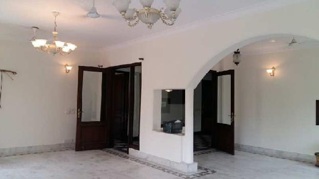 4 BHK 650 Sq. Yards Builder Floor for Rent in Vasant Vihar, Delhi